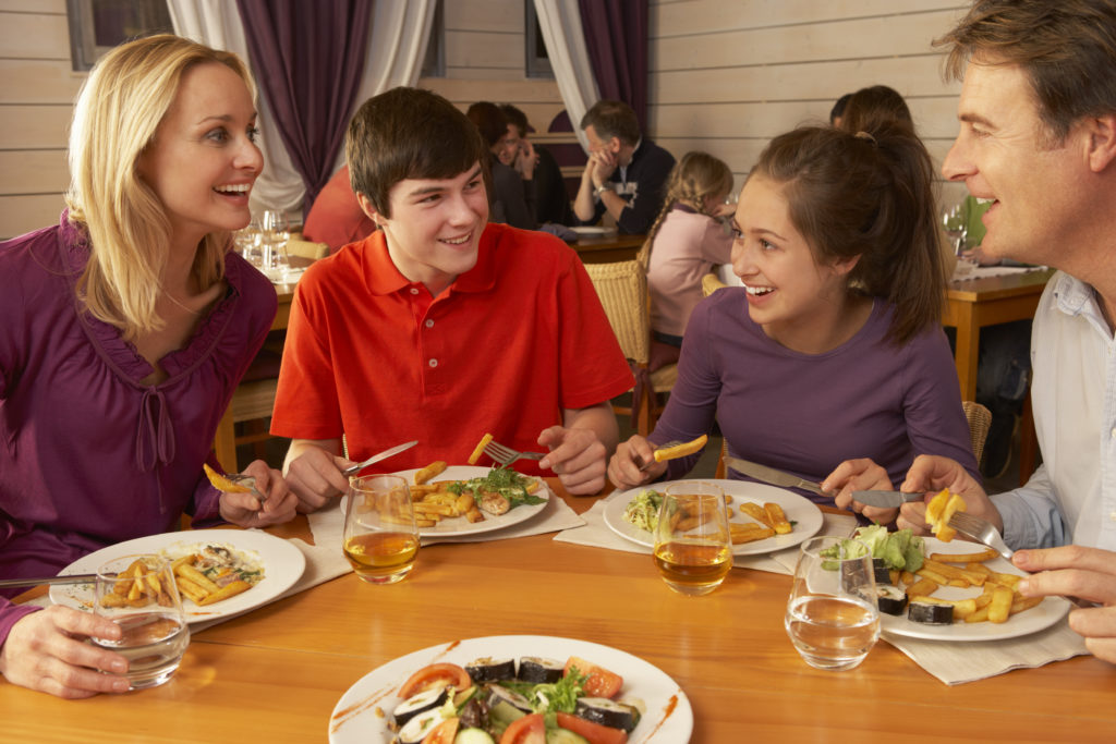 Points To Consider While Establishing Family Restaurants