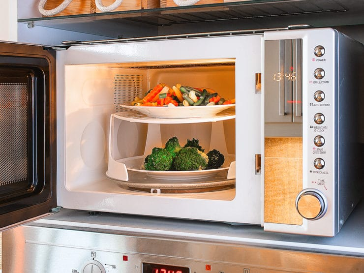 Microwave Cooking – Strategies For Using, Cooking, and Cleaning Your Microwave