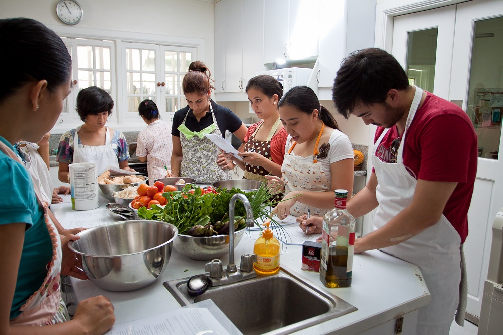 Three Reasons Why You Should Consider Taking Cooking Classes